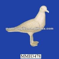 Garden ornament novelty resin seagull
