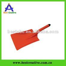 Super Plastic Shovel