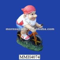 Cyclists garden gnome resin london olympic souvenir