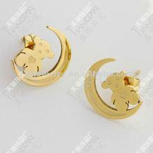2012 new hotsale fashion 316L stainless steel moon bear earring stud 18K gold TG0833