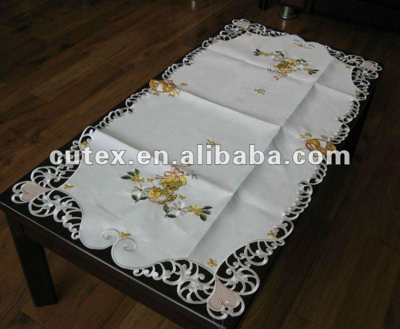 Decorativo corredor de la tabla mesas redondas