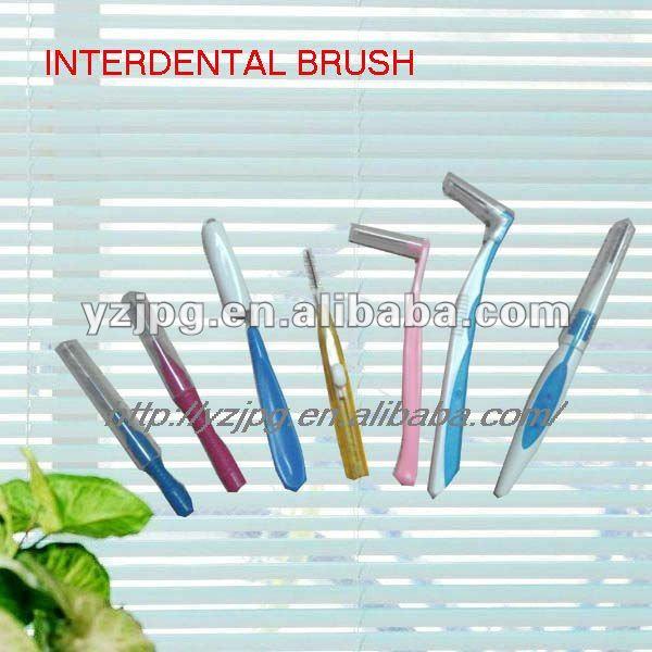 بين الأسنان بالفرشاة; تنظيف أسنان ماتي
