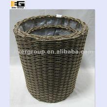 round plastic rattan basket