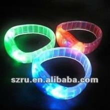 Flashing led bracelet for party decoration / LED wristband for 2012 christmas party decoration