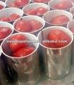 organiques conserves de tomates pelées ensemble