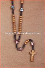 religious rosary crucifix cross statue keychain pendant wooden beads souvenir decorative baby figurine