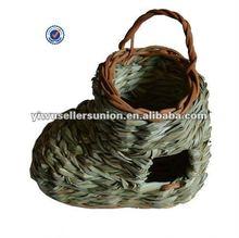 Bird nest hamster nest