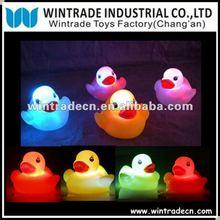 water LED Ducks/6cm Duck/Flashing duck/bath toy