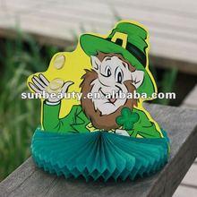 Tissue 3D Saint Patrick Products centerpiece