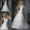 2013 Elegant New Design Sweetheart Flower Pleat A Line Satin Wedding Dresses