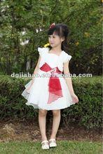 2012 elegant and breathable children dress models