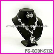 China spike rhinesone bib necklace jewelry pearl of philippines