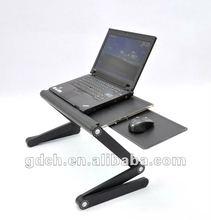 Laptop-Tisch im Bett