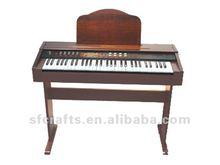 61 keys grand piano