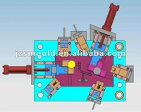 China injection mould manufacture designed 3D cosmetic bottles mold