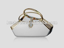 Elegant idiosyncratic evening bag with handles