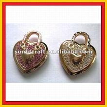 cheap fashion creation diamond cute pink and green blue apple design jewelry usb