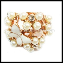 New designed fancy rhinestone butterfly and pearl cluster ring