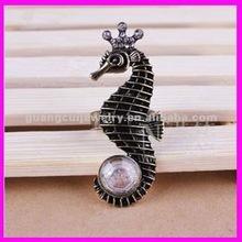 fashion black metal alloy crown sea horse rings with big rhinestone