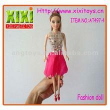 29cm 4 azo diseños de venta al por mayor de plástico hermoso zapatos de muñeca muñecas de moda
