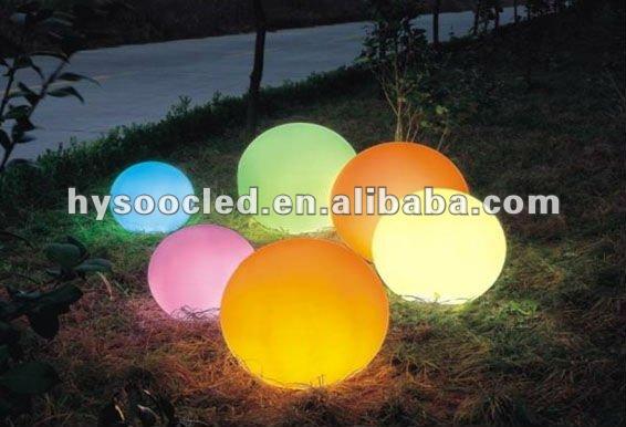 Large outdoor christmas balls lighting buy large outdoor for Big outdoor christmas balls