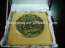 decoration big old gold titanic gold coins