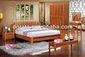 Les meubles modernes de chambre à coucher de la nouvelle conception 2012 placent dans le bois plein et le conseil de forces de défense principale pour les meubles de maison