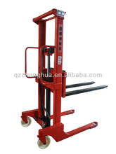 1500kg Manual Stacker Lifts (1.6 meter)