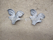 2012 china manufacturer wrought iron leaves design decorative forged cast steel iron components
