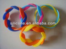 2012 style twist cuff bracelet