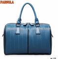 en forma de bonito y práctico bolso de cuero italiano de moda 2013