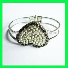 modern bangles and bracelets Valentine's bracelet artificial pearl bangles and bracelets