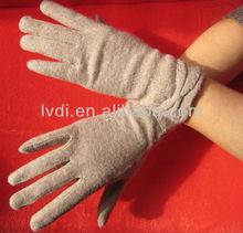 2012 New arrival hot sale ladies lambs wool gloves