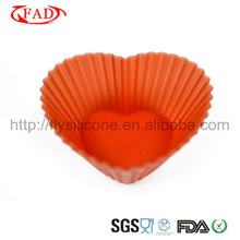 2012 Lovely silicone heart cake mold for non-stick microwave Approval of FDA&LFGB Certificate,Red