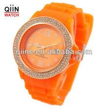 QD0151 Latest battery in bezel diamond wrist watches