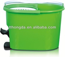 2013 new design qq bucket foldable magic mop for promotion cleaning product