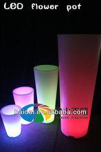 Roman Garden luminous round sharp outdoor LED Vase