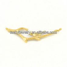 gold bird pendant necklace