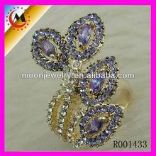 Jewelry platinum, cheap alliances of commitment, white precious stones