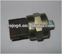 hydraulic alertion switch