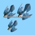 da parede de cerâmica e placa de pássaros azuis e artesanato
