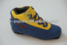 2013 new design for European market skiing boots,skiing shoes,ski boot,ski shoes.