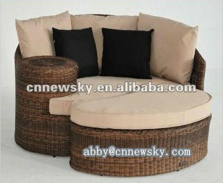 rattan korbwaren sonnenliege rattan schlafcouch mit. Black Bedroom Furniture Sets. Home Design Ideas