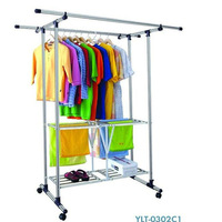 Retractable laundry clothes hanger holder
