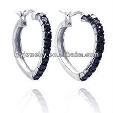 silver heart huggie earring of new design earring
