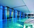 Pisos ao redor da piscina, o esporte de água chão