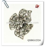 Flower latest design diamond ring (QXRG12324)