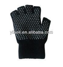 Eco-friendly Kniting black men yoga gloves cut five toe gloevs