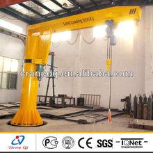 Column mounted electric derrick crane