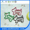 La forma de los perros formas de animales con cables de metal